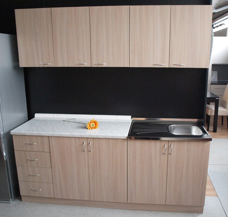 javorović-kuhinjski-blok